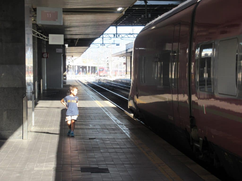 italy train from rome
