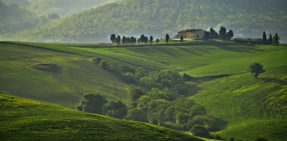 tuscany tour package rolling hills