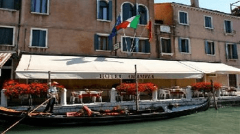 canal-hotel-olimpia-grand-canal-venice