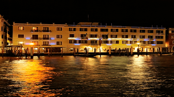 exterior-hotel-carlton-grand-canal-venice-hotel