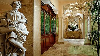 lobby-papadopli-hotel-venice-hotel