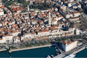dalmatian coast cruise diocletian
